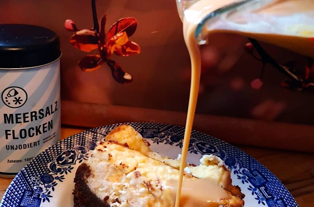 Cheesecake mit Salzkaramell Sauce
